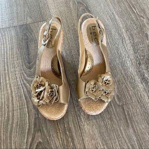 BOC size 7 gold wedge floral sandals